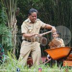 Sanggau angkat kembali semangat Dompu  Pemerintah Kabupaten Sanggau menekankan bahwa seluruh perangkat daerah ...